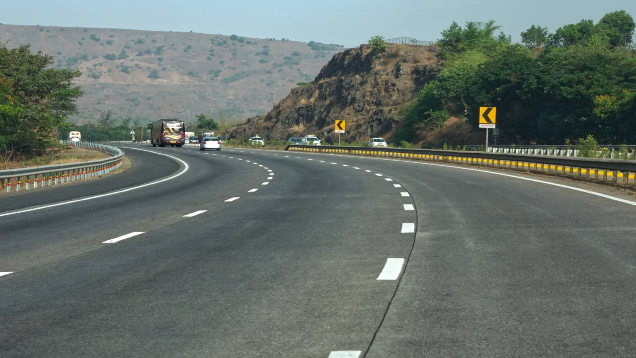 Songir-Visarwadi Road Upgradation Project [Nandurbar-Dhule]
